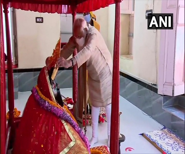 PM Modi visits Jeshoreshwari Kali Temple in Bangladesh; here's what he wished for