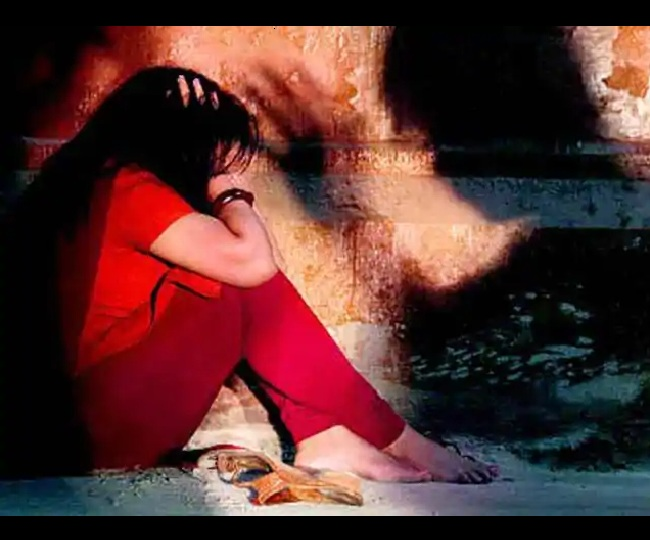 Madhya Pradesh Shocker! Rape victim tied, paraded with accused in Alirajpur; 6 arrested