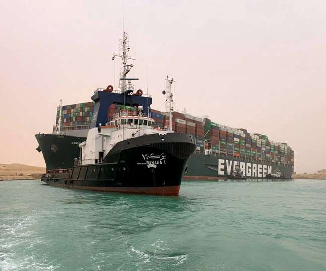 Giant 400-metre-long ship runs aground at Egypt's Suez Canal; blocks shipping worldwide