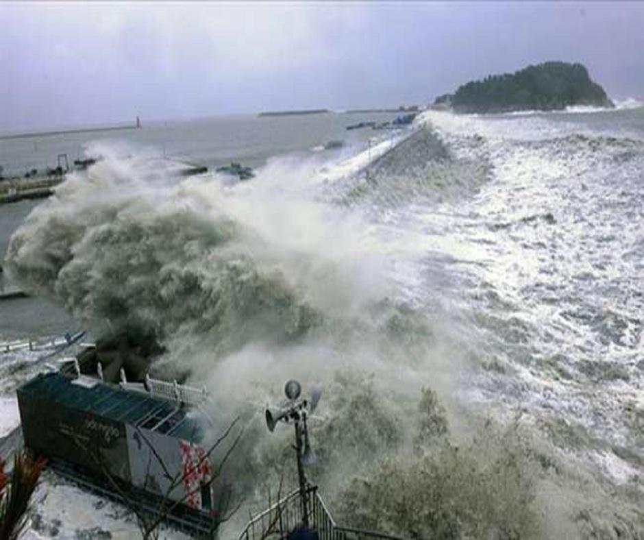 7.2 magnitude earthquake hits New Zealand's northeastern coast; tsunami warning issued