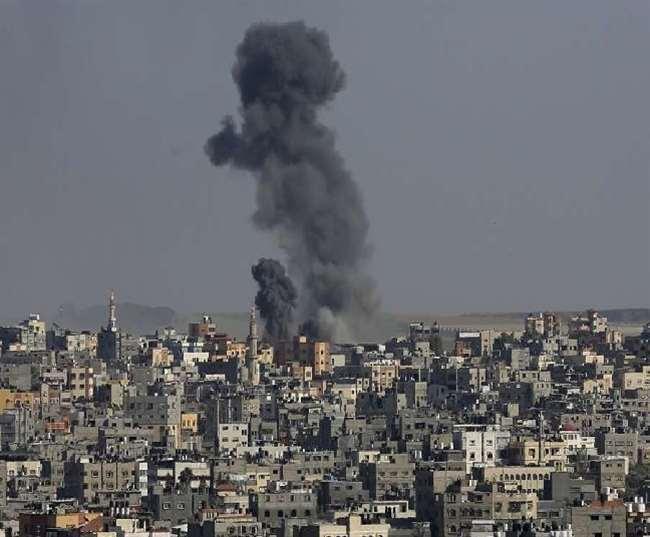 Israel-Palestine Conflict: Israeli air strike destroys building with international media offices in Gaza