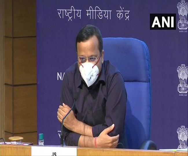 Coronavirus News   Maharashtra, Delhi, UP among 6 states reporting high number of deaths: Govt