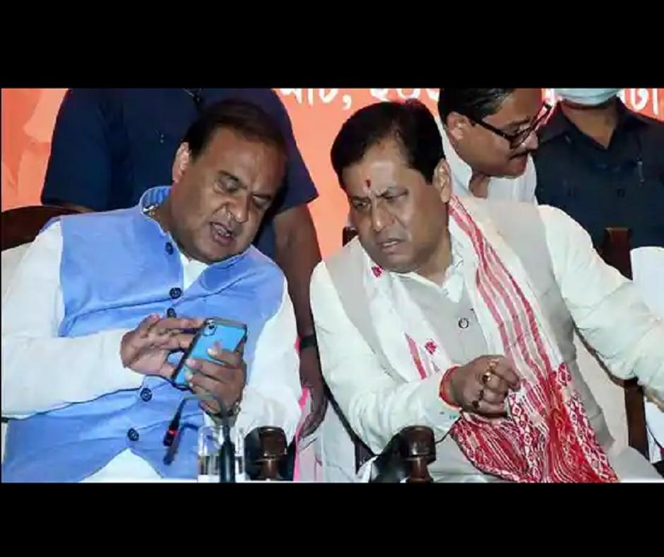 Sarbananda Sonowal, Himanta Biswa reach Delhi as talks over new chief minister of Assam intensify