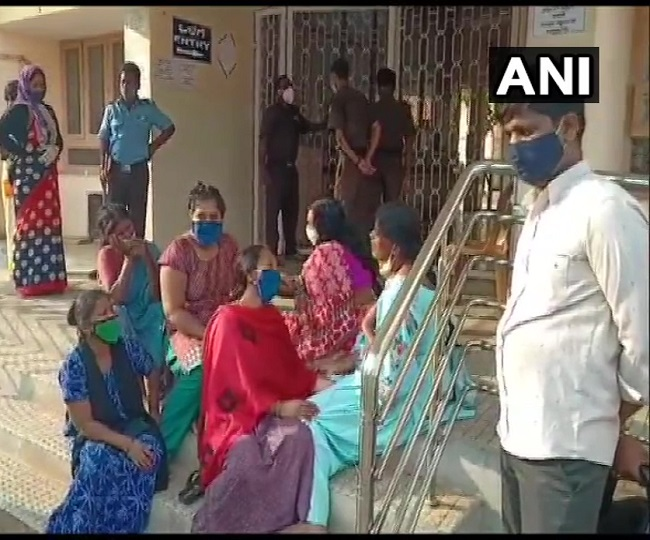 24 people, including COVID patients, die due to oxygen shortage in Karnataka hospital; officials deny claim