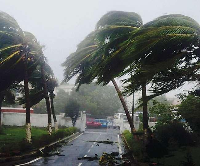 Cyclone Yaas to make landfall near Chandbali-Dhamra port tomorrow; red-alert issued in 4 Odisha districts