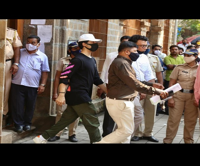 Mumbai Cruise Raid: Aryan Khan to be kept in quarantine cell for 3-5 days in Arthur Road Jail | Highlights