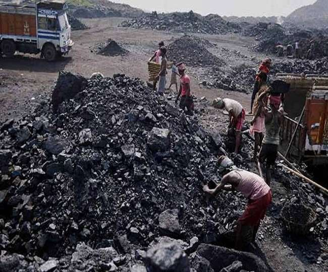 'No shortage for electricity production, supply adequate', says Pralhad Joshi   10 points on India's coal crisis