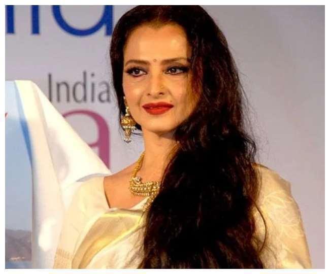Happy Birthday Rekha: 4 times legendary actress left fans stunned in her Kanjivaram sarees