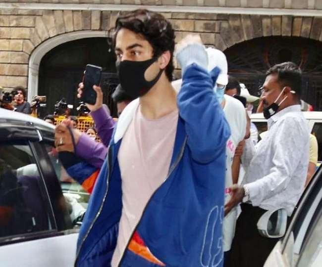 Mumbai Cruise Raid: Aryan Khan to remain in jail as court adjourns hearing till Thursday   Details