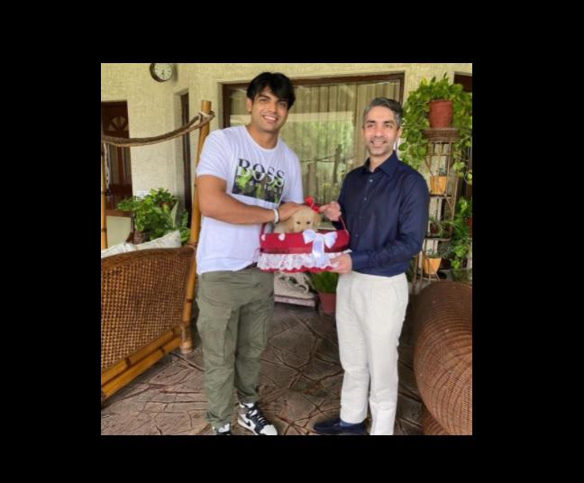 When Neeraj Chopra got a special gift named 'Tokyo' from Abhinav Bindra, see pics here