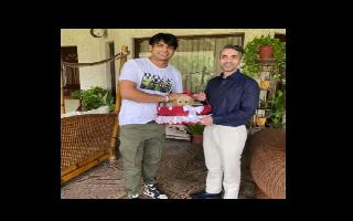 When Neeraj Chopra got a special gift named 'Tokyo' from Abhinav Bindra,..