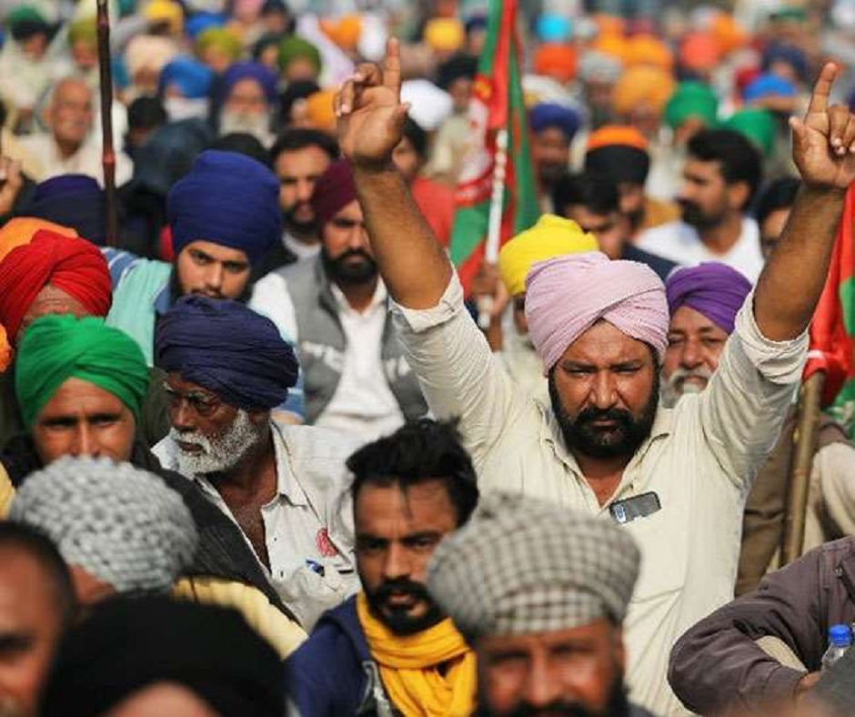 Amarinder Singh asks farmers to protest outside Punjab; Haryana Minister accuses him of 'instigating them'