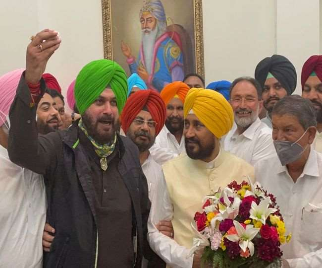 Punjab Political Crisis: CM Channi meets Sidhu, invites him for talks as deadlock continues | As it happened