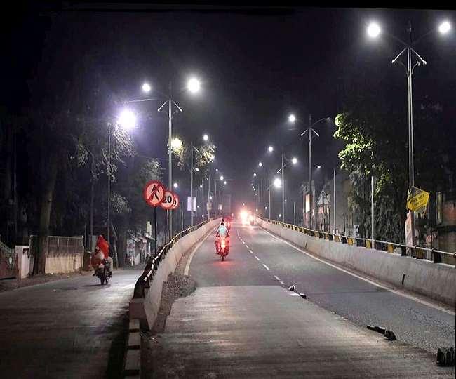 Gujarat COVID Restrictions: Night curfew from 11 pm to 6 am in Vadodara, Gandhinagar, Surat, 5 other cities; details inside