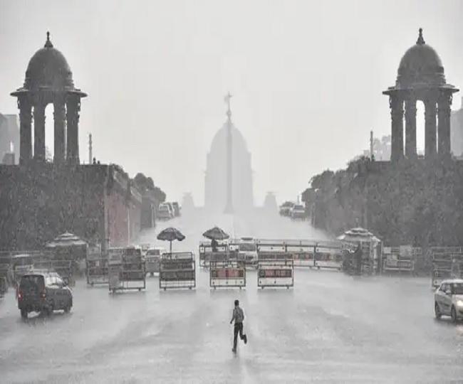 Heavy rains lash Delhi-NCR causing waterlogging, traffic jams in some areas; more rainfall predicted till Sept 4