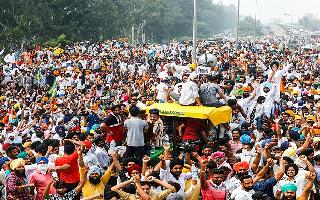 Bharat Bandh: 'Urge farmers to adopt the path of discussion', says Union..