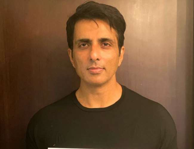 Sonu Sood's Mumbai, Lucknow premises surveyed by Income Tax department